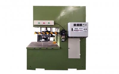 单工位开式免缸液压蜡模压注机