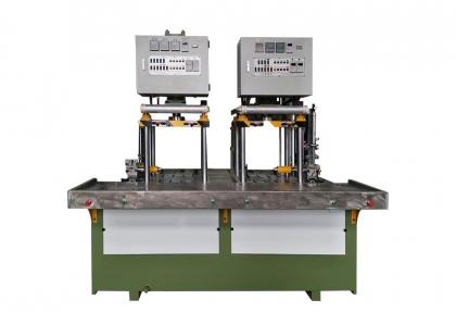 双工位卧式免缸液压蜡模压注机